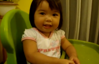 2-year-old baby answers 22 capital cities of the countries. See this smart girl!