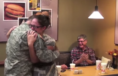 Soldier, Home Early, Surprises His Wife in Chick-fil-A. See the Wife's Priceless Reaction!