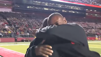 Heartmelting Moment a Soldier Runs up to Surprise His Father on the Football Field!