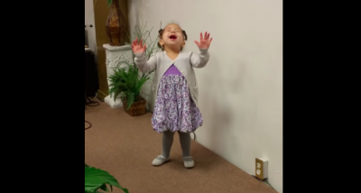 This little girl won't stop singing praise to the Lord! You will be watching this over and over!