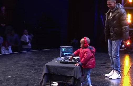 Audience Can't Believe What They're Hearing When 3-Year-Old Starts DJ-ing Like A Pro