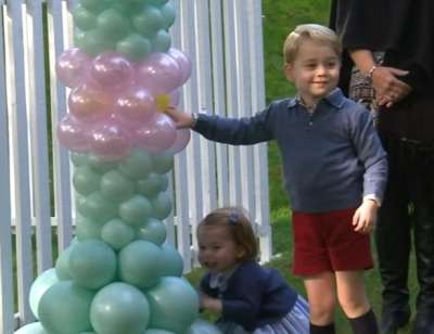 Adorable Princess Charlotte and Prince George Go Crazy Over Balloons - This Will Melt Your Heart